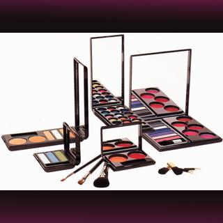 320x320-doro-make-up