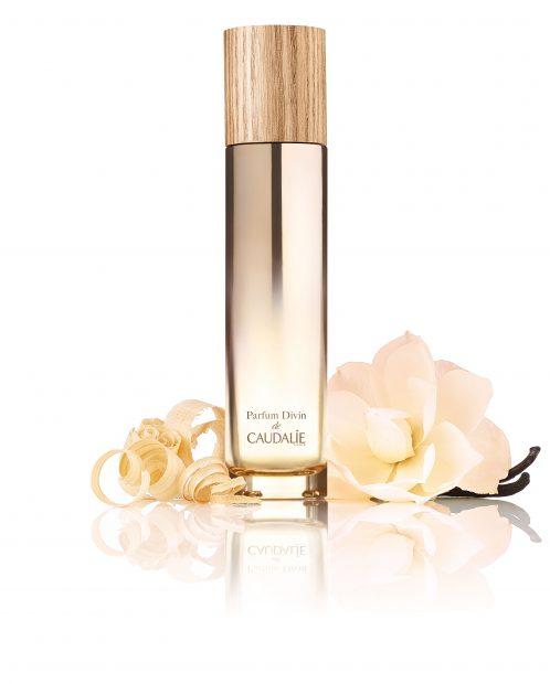 3314-Parfum_Divin_with_ingredients (1)