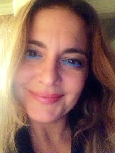 Estee-Lauder-Pure-Color-Blue