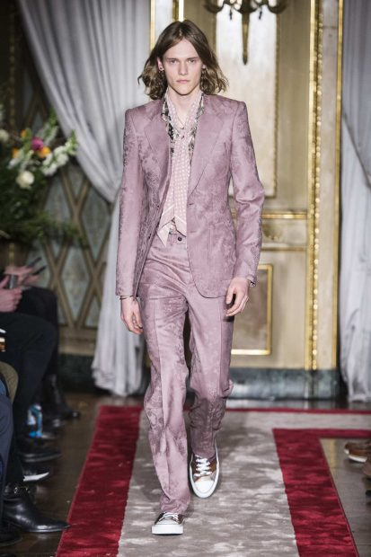Fall-2016-17-Man-Fashion-Show-Roberto-Cavalli