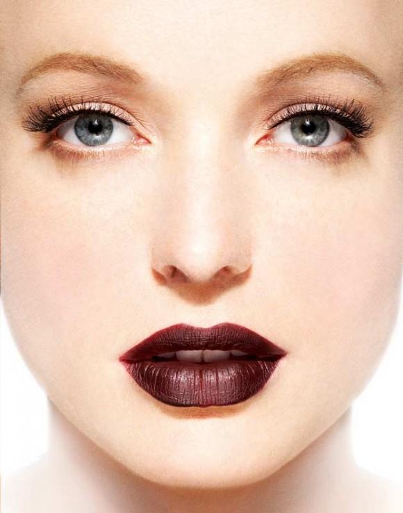 Khloe-Kardashian-Burgundy-Lips-Trend-9-580x738