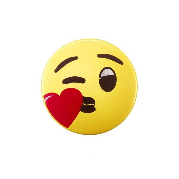 Kissy Emoji
