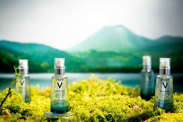 Vichy-mineral89-open