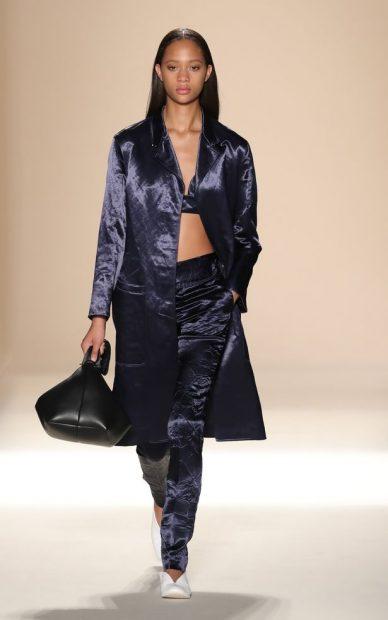 Victoria-Beckham-SpringSummer-2017-fashion-show