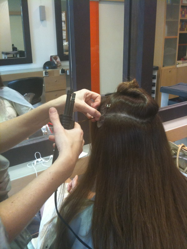 beautyexpert  exte ergaleio small Hair Extensions: Μακριά μαλλιά, η μεγάλη αλλαγή