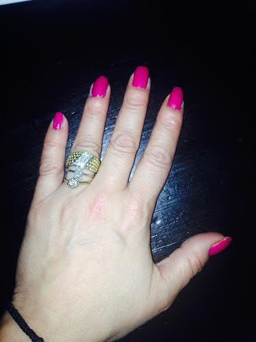 julia-nails