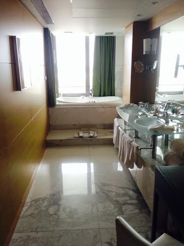 la mer-hilton-bath