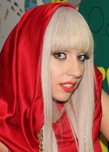 lady-gaga-blond-hair