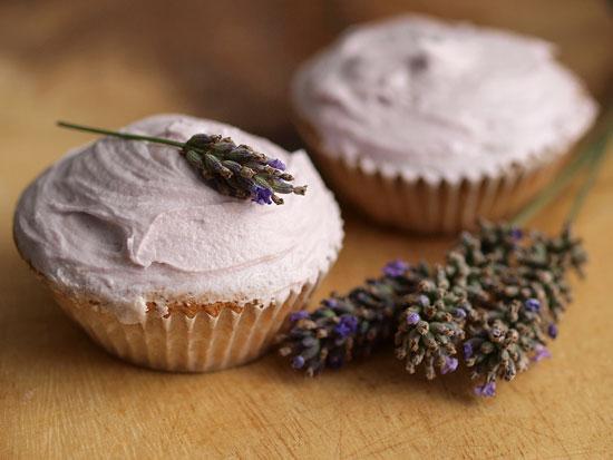 lavender-cupcakes