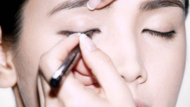 make-up-tutorial-open