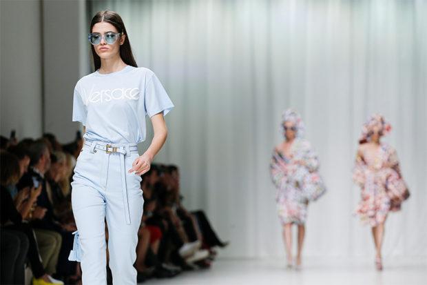 versace-supermodel-90s-12