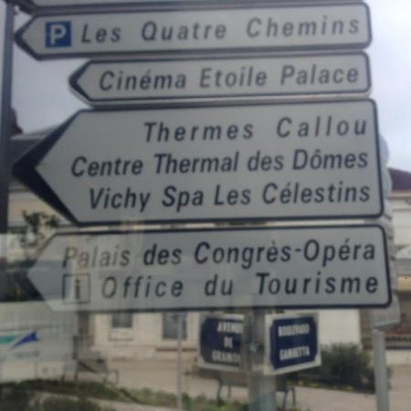 vichy-sign