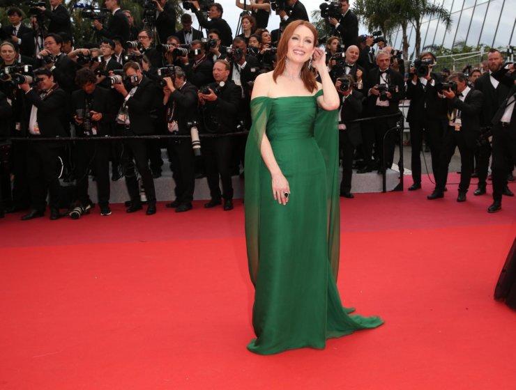 64c43533d7dc Cannes 2019  Εντυπωσιακές εμφανίσεις στο κόκκινο χαλί. Λίγο ακόμα ...